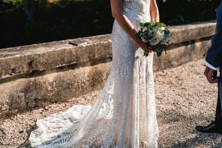 Julie, magnifique mariée, mariage au château de Courtomer dans l'Orne, saison 2018