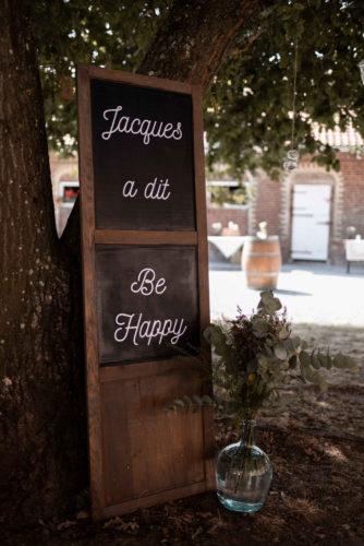décoration cocktail mariage, décoration d'ambiance, citation positive, mariage boho, mariage folk